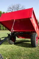 Vozíky za zahradní traktory