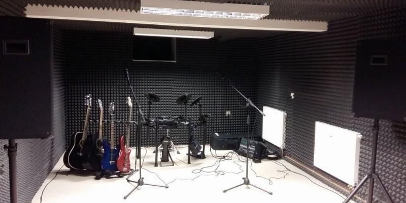 Nadace BONA - realizace zvukového studia pro klienty nadace
