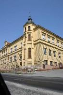Budova základní školy z roku 1894