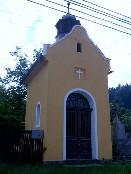 aplička se zvonicí v Maloníně