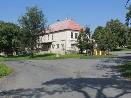 Bývalá škola v Hlohovicích, dnes pohostinství, obchod a pošta