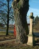 Kříž na ul. Neslovická