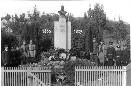 Památník v Tetčicích 1937