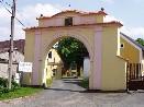 Brána Kozinova statku