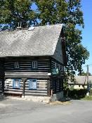 Bývalý obecní úřad v Dobřeni